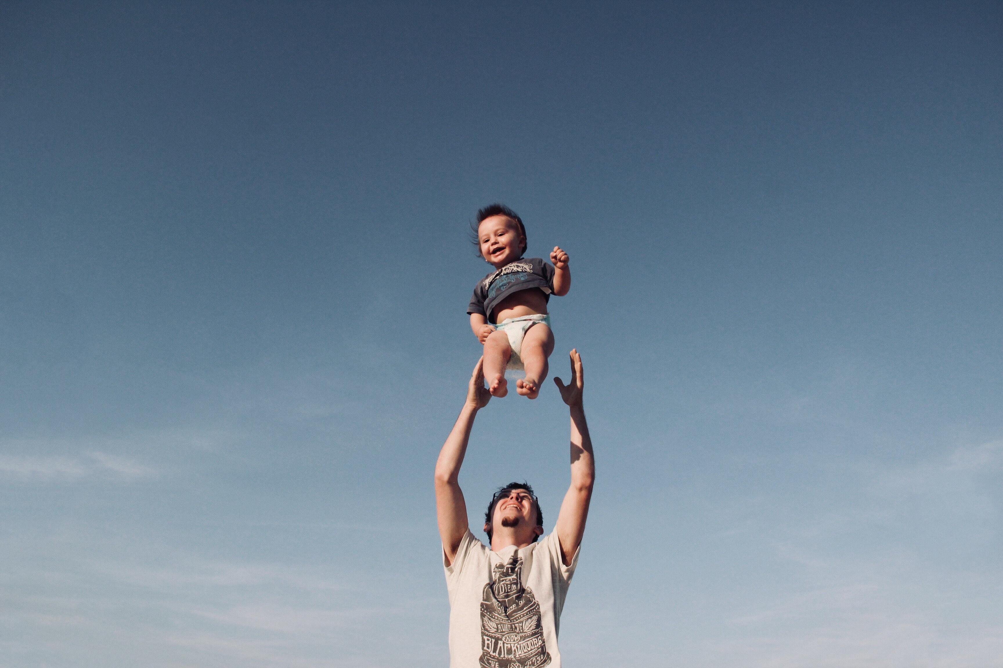 ¿Buscas Una Aseguradora Que Cubra El Tratamiento Para Ayudarte A Ser Padre? Entonces Tienes Que Saber Esto