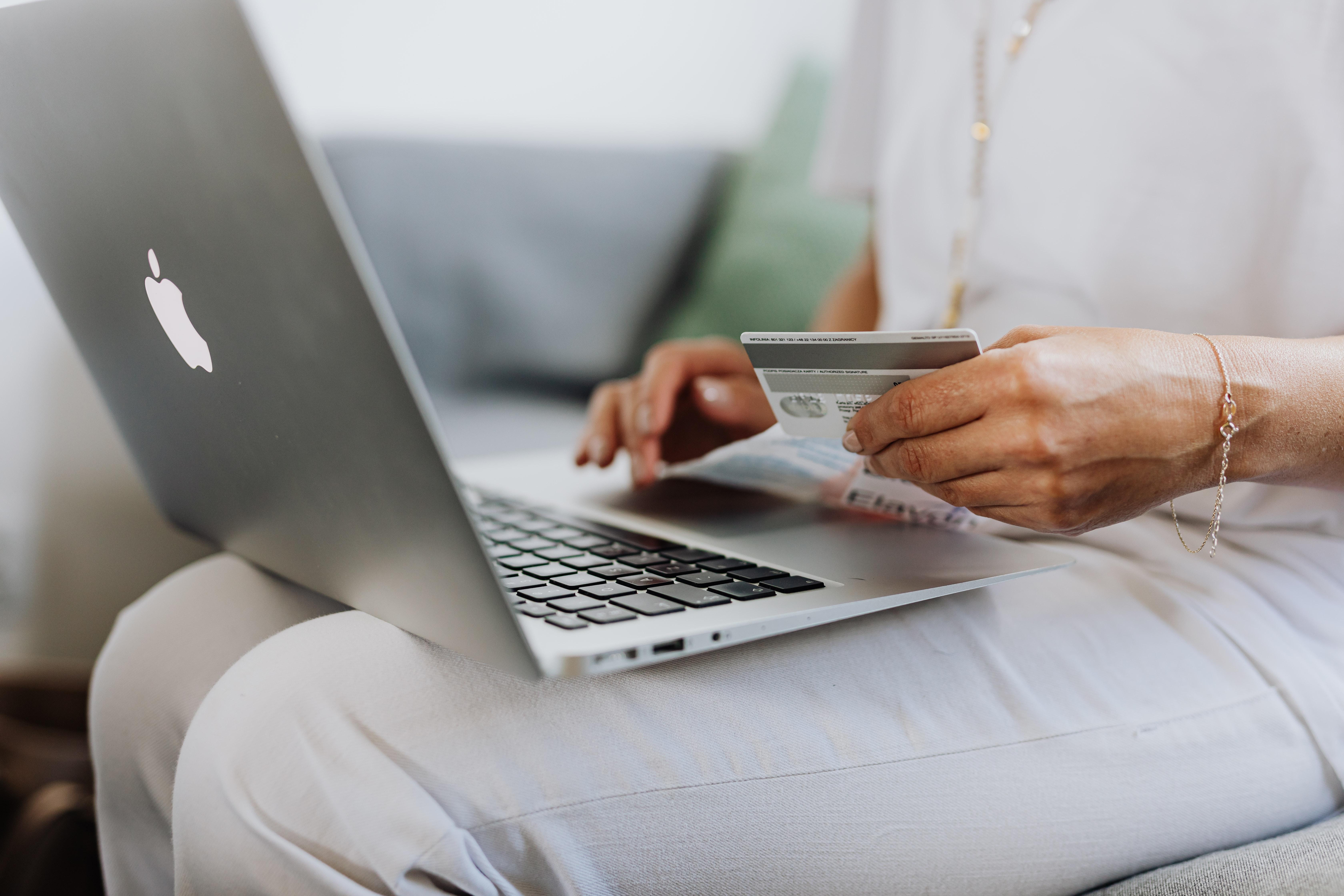Cinco tarjetas de débito que no te cobran comisiones en México